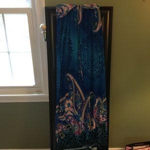 Dresses - Maxi dress worn once size medium